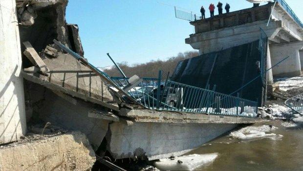 мостопад у Росії