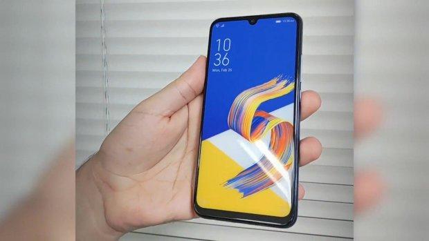 ASUS назвала дату виходу ZenFone 6