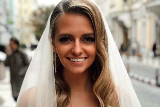 """Ведущая """"Ревизор Х"""" Юлия Панкова поделилась планами на медовый месяц: """"Несколько дней мы проведем..."""""""
