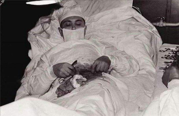 Этот парень стал первым человеком в мире, который самостоятельно и наощупь вырезал себе аппендицит. История не для слабонервных