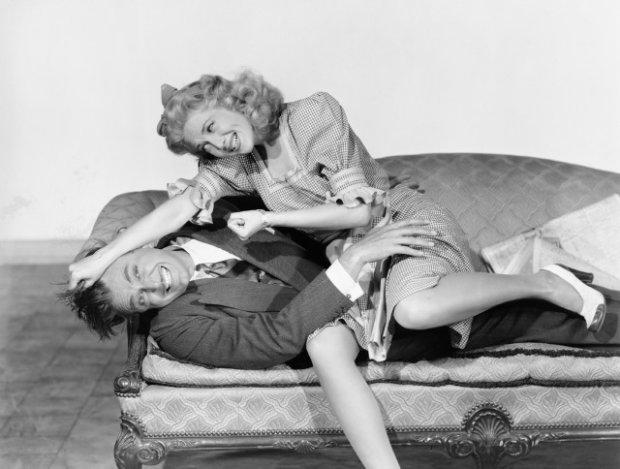 Бадьорить і підвищує інтелект: вчені розповіли, який секс зробить з вас надлюдину