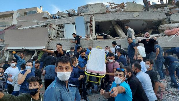 землетрясение в Турции, фото: Tuncay Dersinlioglu/Reuters