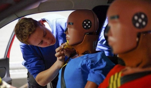 Как проходят краш-тесты автомобилей (фото)