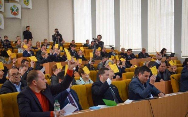 У Миколаєві депутат загримів до лікарні та знайшов крайніх
