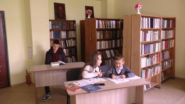 бібліотека / скріншот з відео