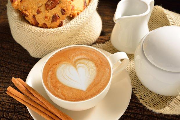Кофе оказался лучше, чем о нем думали: как любимый напиток спасает жизнь