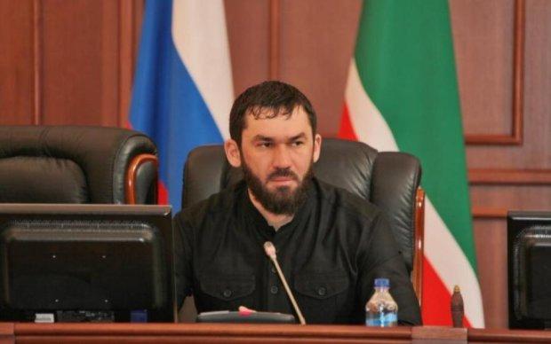 Чеченський чиновник відхрестився від переслідування геїв