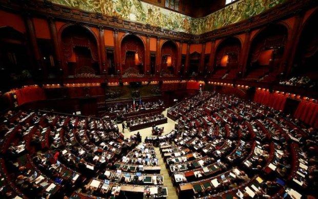 Друг Путіна очолив новий уряд Італії