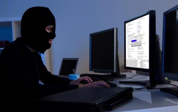 Атака на Україну: путінські хакери вже заразили сотні тисяч пристроїв