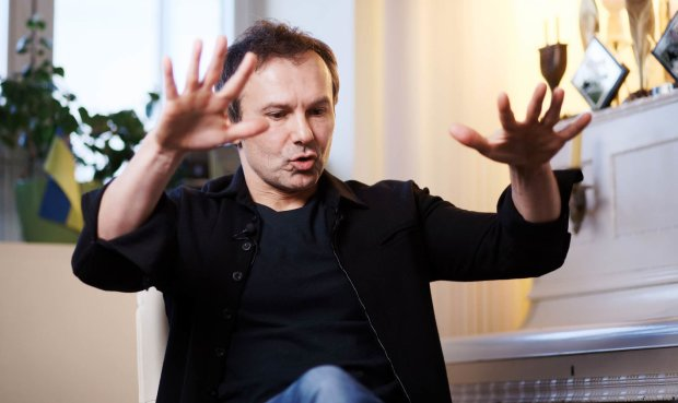 На кону человеческая жизнь: Вакарчук душевно обратился к украинцам