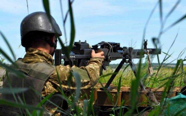 Українські бійці героїчно дали відсіч бойовикам: відео