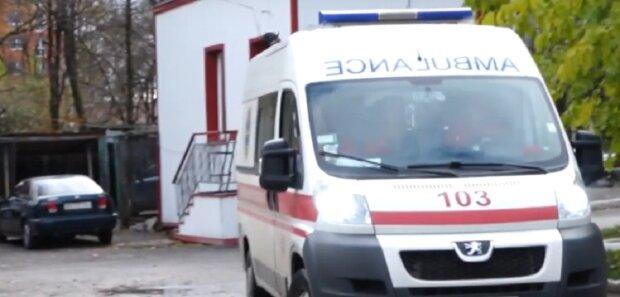 Скорая помощь, изображение иллюстративное, кадр из видео: YouTube