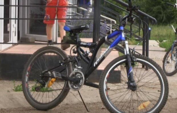 велосипед, скріншот з відео