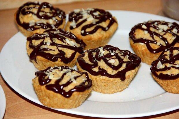 Рецепт бананово-овсяных кексов с арахисовым маслом для сладкоежек: быстрые и невероятно вкусные