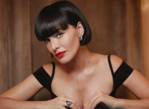 Астафьева анонсировала клип голой грудью: где дыньки покупала, только 18+