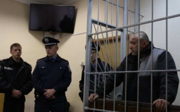 Фигурант в деле об убийстве киевского журналиста остался без браслета