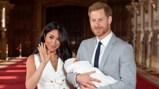 """Меган Маркл та принц Гаррі довго ламали над цим голову: головну загадку королівської родини нарешті розкрито, несподіваний """"вердикт"""""""