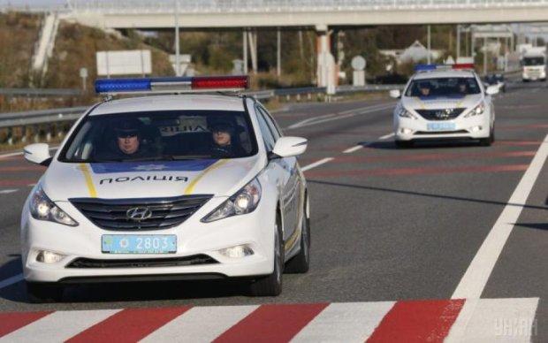 """""""Твоя новая полиция"""" прославилась на весь интернет безумной погоней за автоледи: видео"""