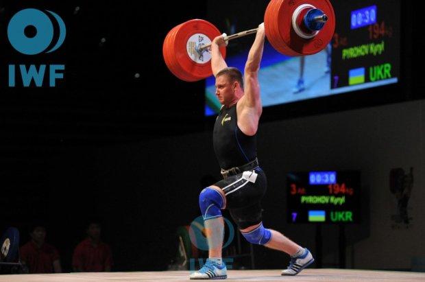 Український важкоатлет підняв неймовірну вагу і виграв медаль в Батумі