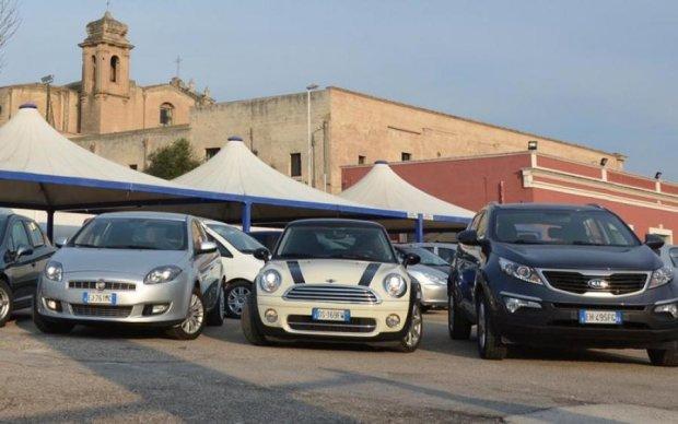 Головне за ніч: утилізація авто на єврономерах та поранення Папи Римського