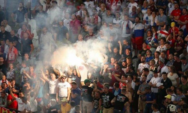 Французькій владі набридли російські футбольні хулігани