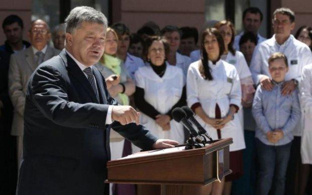 Річниця катастрофи МН17: Порошенко пообіцяв покарати Росію