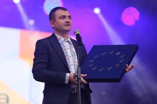 Мера Симчишина висунули на престижну премію, хмельничани у захваті: Людина року!