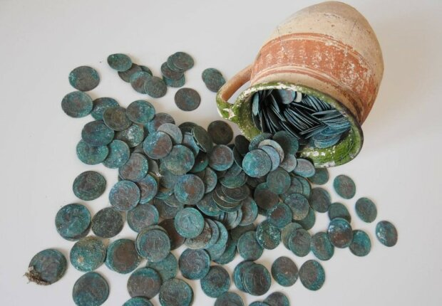 Монеты 18 века, фото: thehistoryblog.com