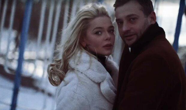 Алина Гросу, скриншот из видео