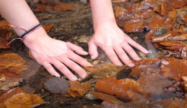 Холодні руки, скріншот відео