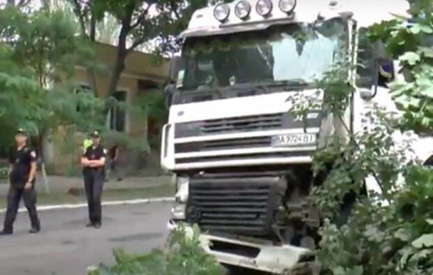 На Тернопольщине водитель умер, нажав на тормоза, и авария здесь ни при чем
