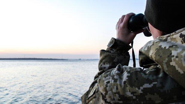 Похожие на НЛО: украинцам показали дикие пляжи Азовского моря, опасность подстерегает на каждом шагу