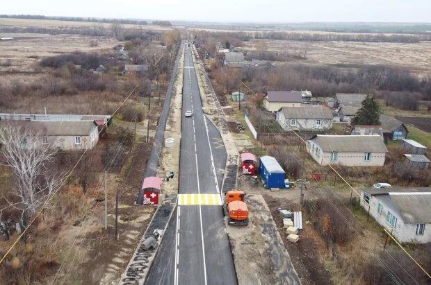 """Уставшие украинцы умоляют об освобождении от налога на землю: """"Родители, муж, дети…"""""""