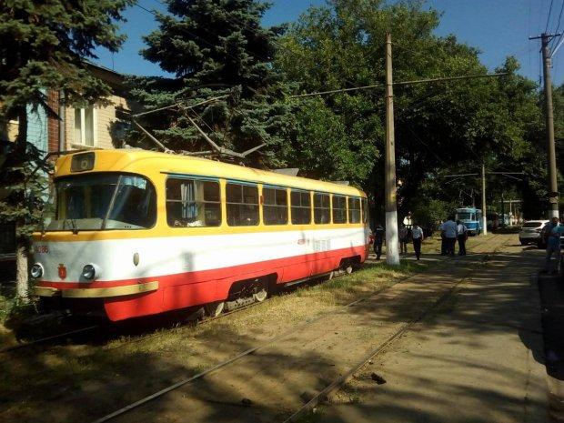 Драка в трамвае остановила работу общественного транспорта