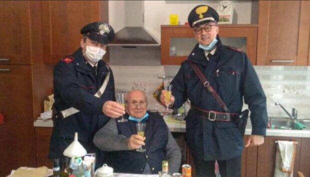 Пенсионер вызвал полицейских на рождество, фото: Прикарпатье Online