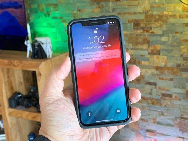Mi MIX 2S: Xiaomi представила бюджетну версію iPhone X