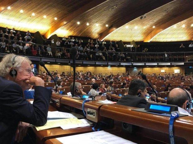 """Страны массово готовят резолюцию против возвращения России в ПАСЕ: """"Все возмущены"""""""
