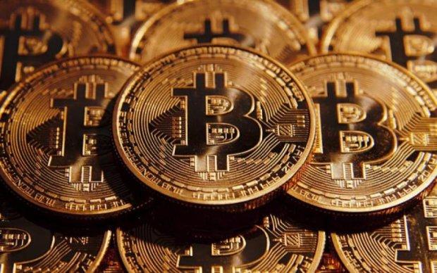 Курс біткоіна на 10 квітня: головна криптовалюта перетнула останній рубіж