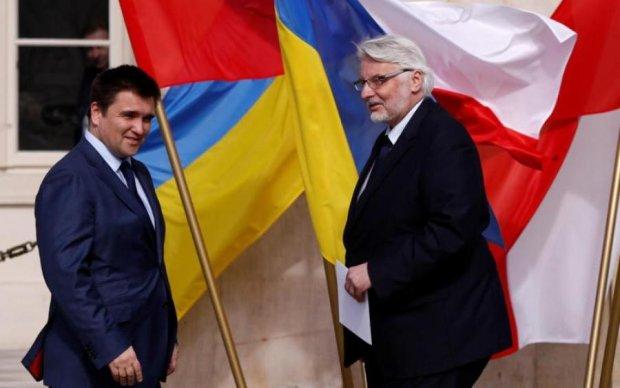 Стало известно, кому выгоден конфликт Украины и Польши