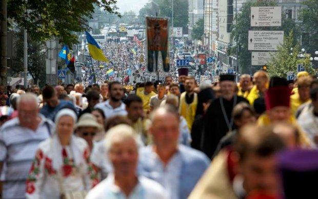 Пекельні затори: московські попи влаштували дорожній колапс в Києві