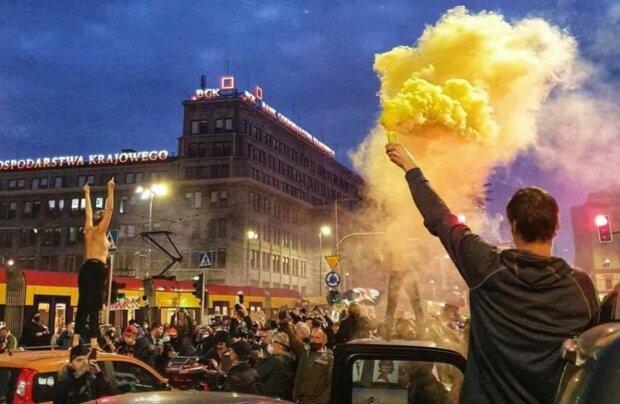Польша восстала - и не только против запрета абортов, фото: dw.com