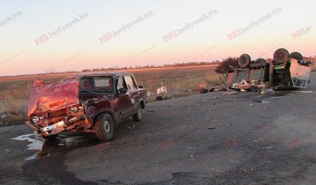 У аварії на Запоріжжі постраждали три прикордонника (фото)