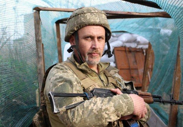 """Роман пошел на Донбасс в 48, достойный пример для молодых: """"Защищать свою землю - это круто"""""""