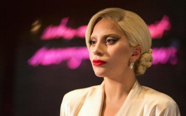 Леди Гага призналась фанатам, что с ней происходит