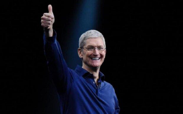 Кук сорвал рекордный куш в Apple