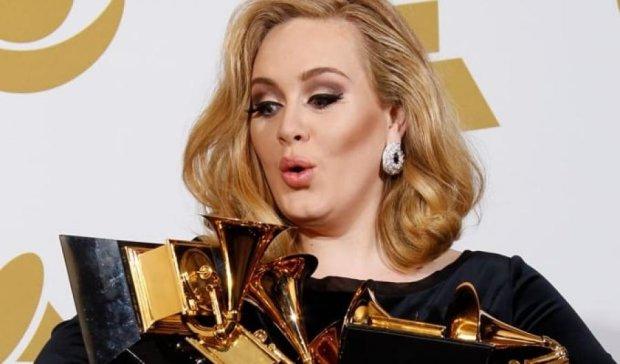 Адель отримала Греммі за пісню року