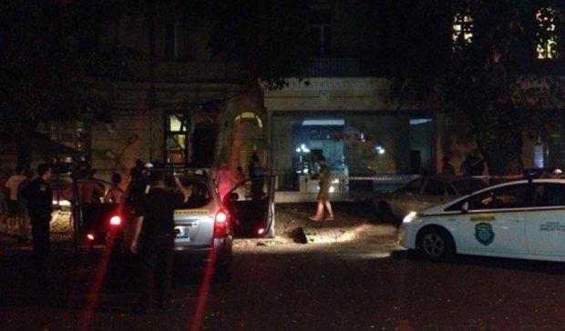У Одесі підірвали кафе власників-патріотів (фото)
