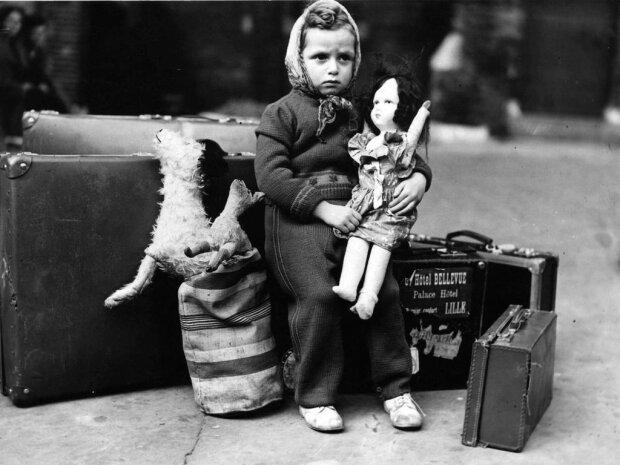 """Записки от куклы — нелюдимый писатель подарил малышке веру в сказку: """"Все, что ты любишь"""""""
