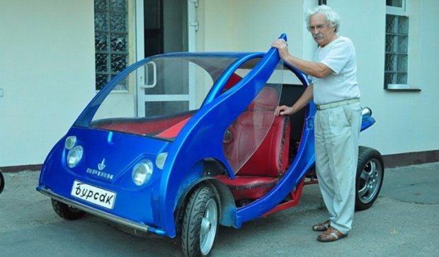 Киянин виробляє власні автівки по 18 тисяч гривень  (фото)