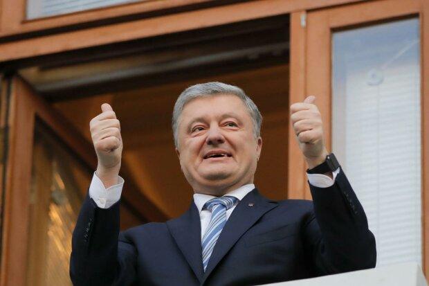 Приходьте на новорічний путч: українці готуються до держперевороту Порошенка, збираються на Майдані